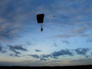 Skysurfen – Eine Kür in der Luft